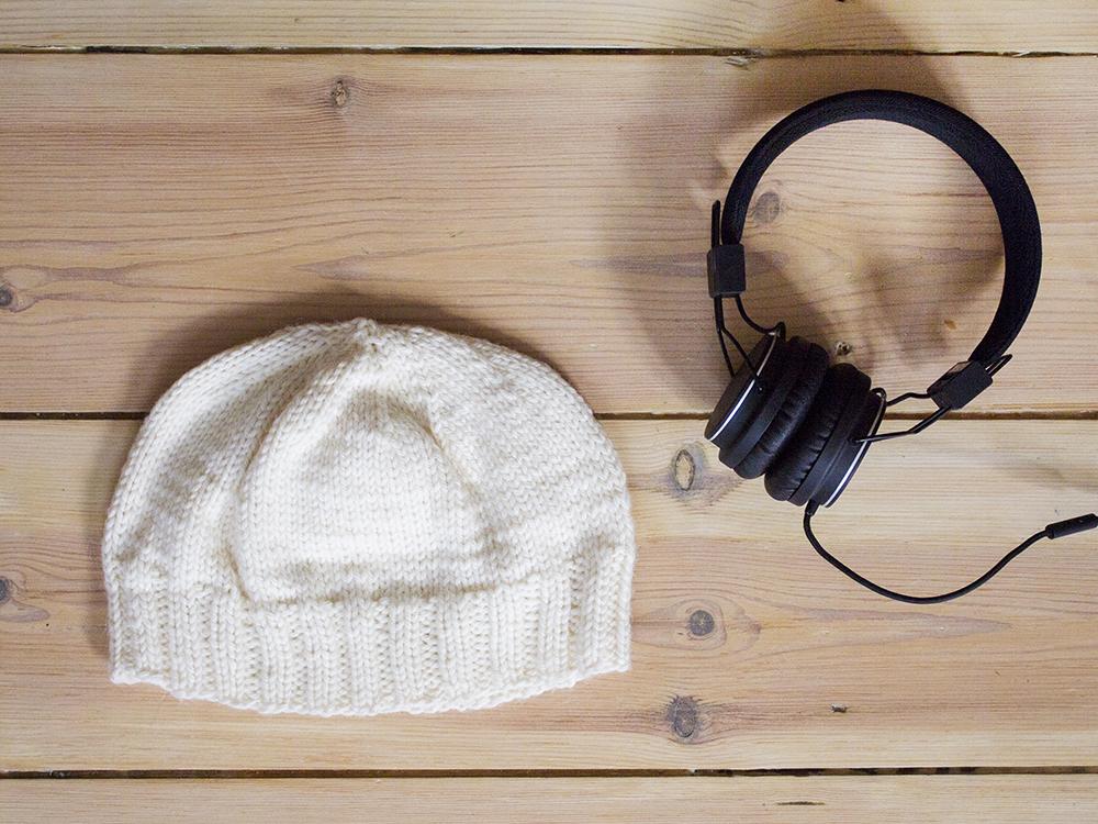 beanie_headphones