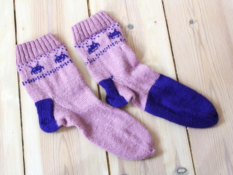 spaceinvader socks